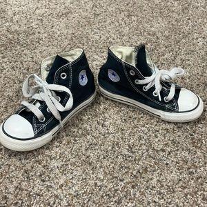 Converse Toddler Size 8